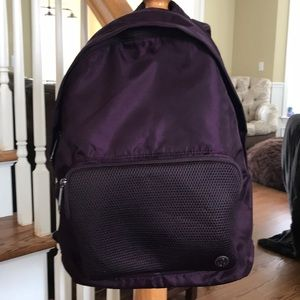 Black Cherry Backpack 🎒.  EUC
